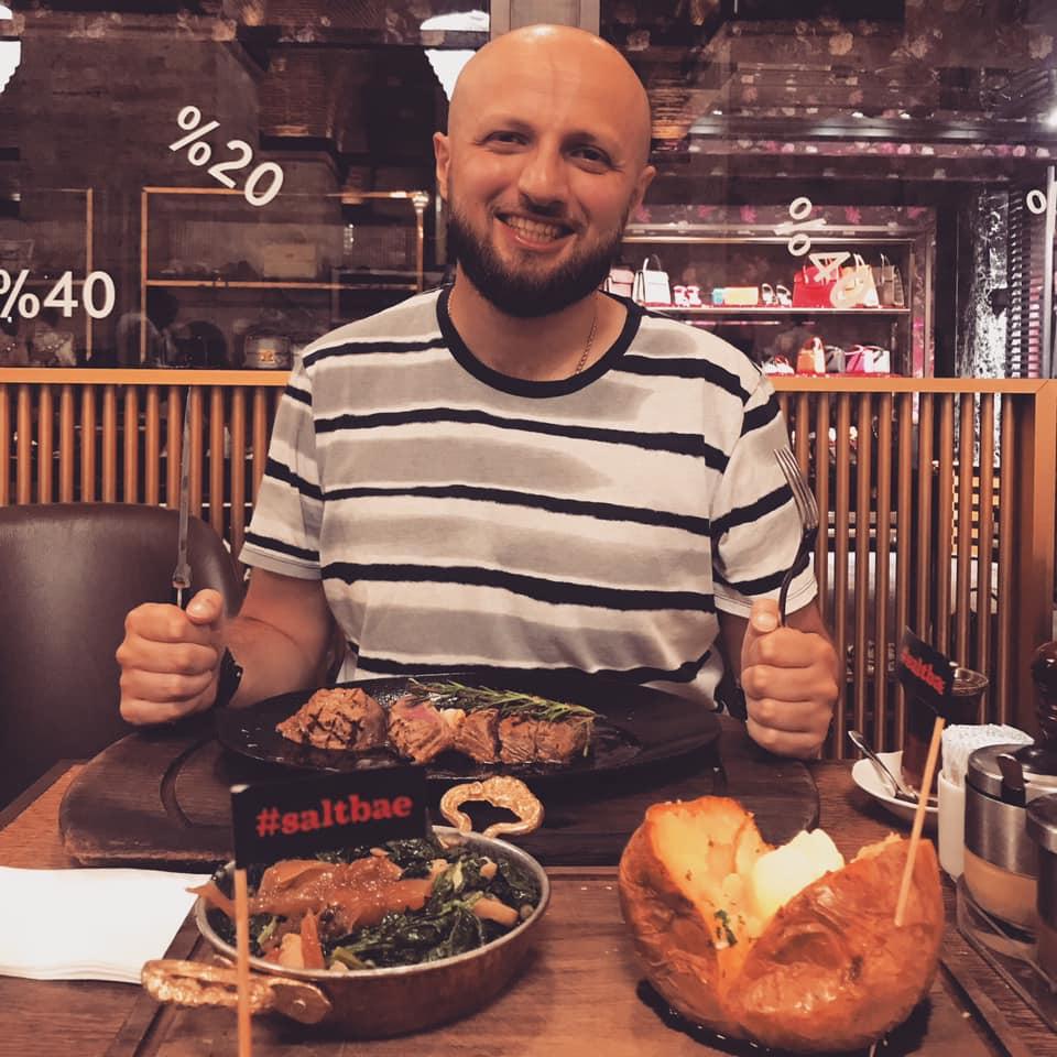 Армен Манукян в Nusr-Et Steakhouse